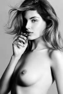 Valentina Zelyaeva #Selfies