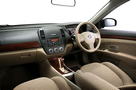 nissan sylphy 2010 interior nissan sylphy 2 0 cvtc launched in malaysia