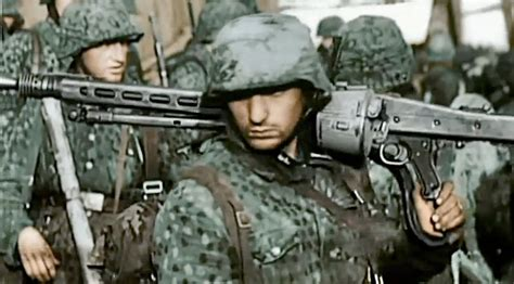 third reich color pictures waffen ss in color third reich color pictures maschinengewehr 42 mg 42 in