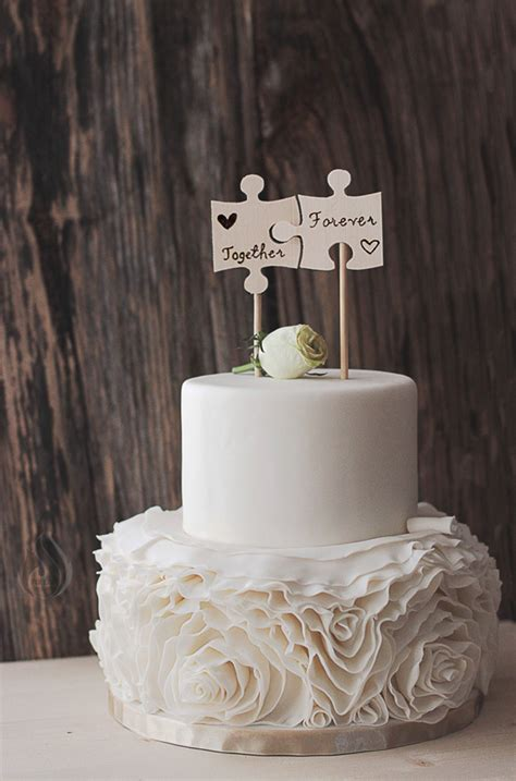 Wedding Cake Tops by 21 Creative Wedding Cake Toppers For The Romantics