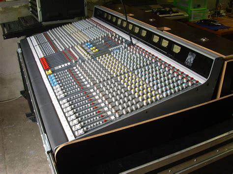Mixer Allen Heath Gl3300 allen heath gl3300 32 8 8 2 image 417418 audiofanzine