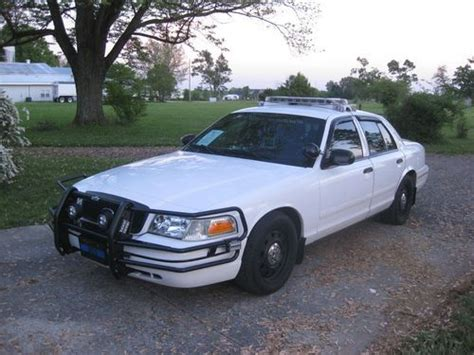repair anti lock braking 2006 ford crown victoria free book repair manuals purchase used 2006 ford crown victoria police interceptor fully loaded in bowling green