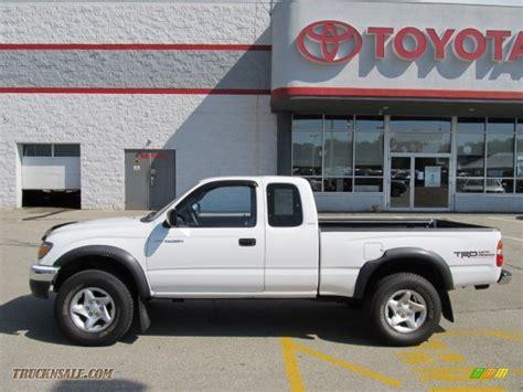 white toyota truck 2002 toyota tacoma v6 trd xtracab 4x4 in super white photo
