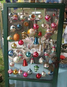holiday ornaments display without christmas tree on
