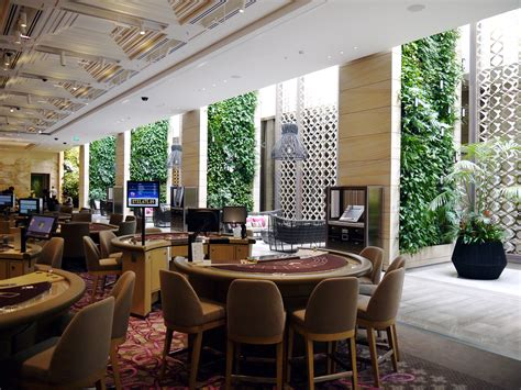 Building A Game Room - mahogany room crown casino green roofs australasia