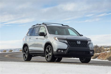 2019 Honda Passport Reviews by 2019 Honda Passport Review Ratings Specs Prices And