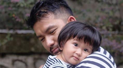 film boboho terbaru rio dewanto bahas gaya rambut putrinya ternyata mirip