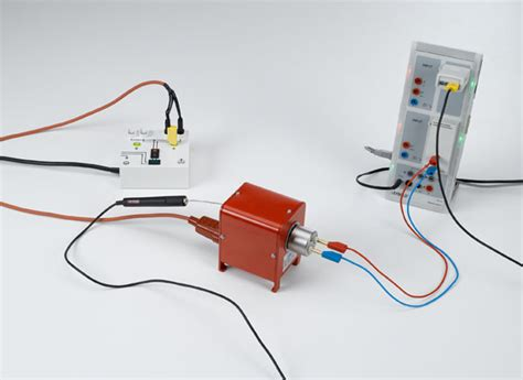noble power resistor measuring the temperature dependency of a noble metal resistor