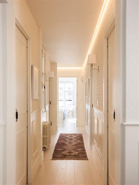 alfombra pasillo reformas para ganar luz en casa
