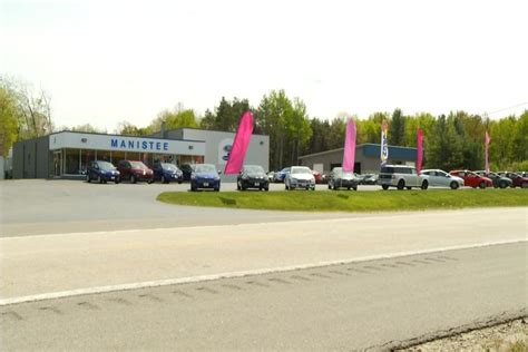 Manistee Ford by Manistee Ford Dealership Helps Raise Money To Fight Breast