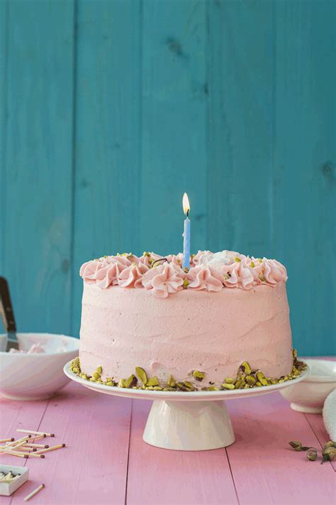 how to layer gifs fluffy pistachio cake with rosewater buttercream