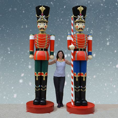 large christmas soldiers set of 10 ft soldiers inc