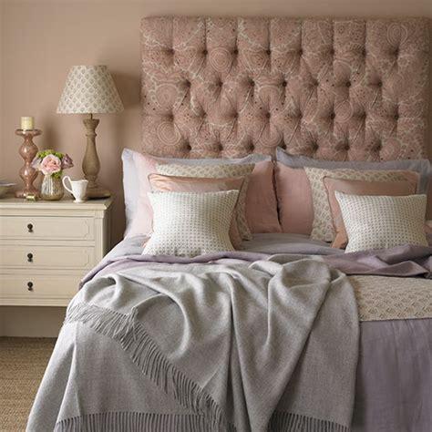 rose  quartz bedroom decorating  country colours
