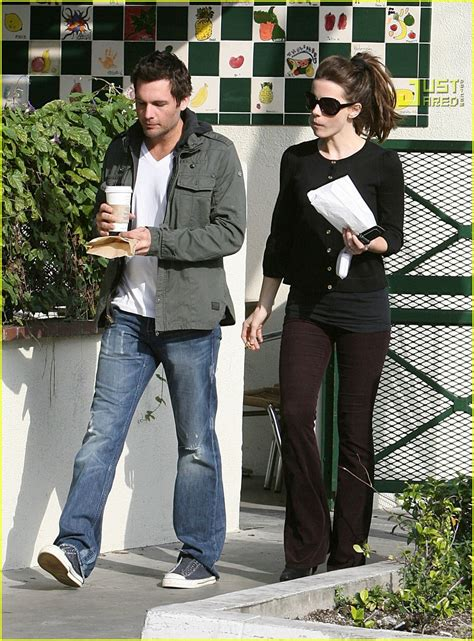 Len Wiseman Is A Grab by Kate Beckinsale Is A Pastry Person Photo 842841 Kate