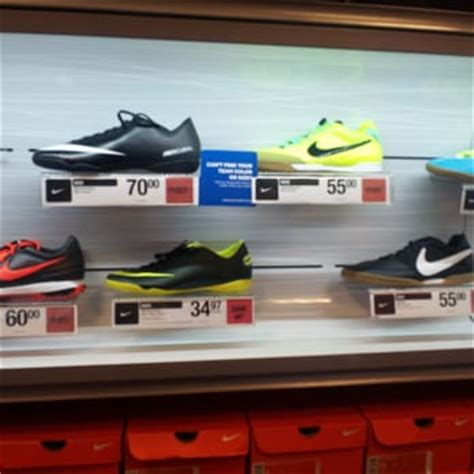 sports authority indoor soccer shoes sports authority closed 43 photos 21 reviews