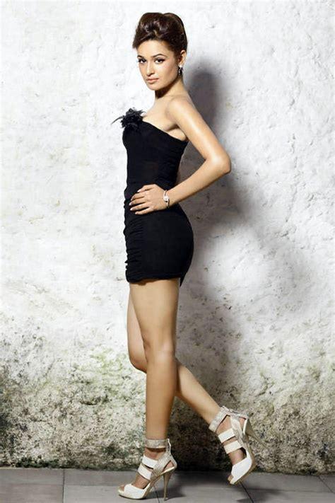 biography of yuvika chaudhary yuvika chaudhary strapless black dress hot photo actress
