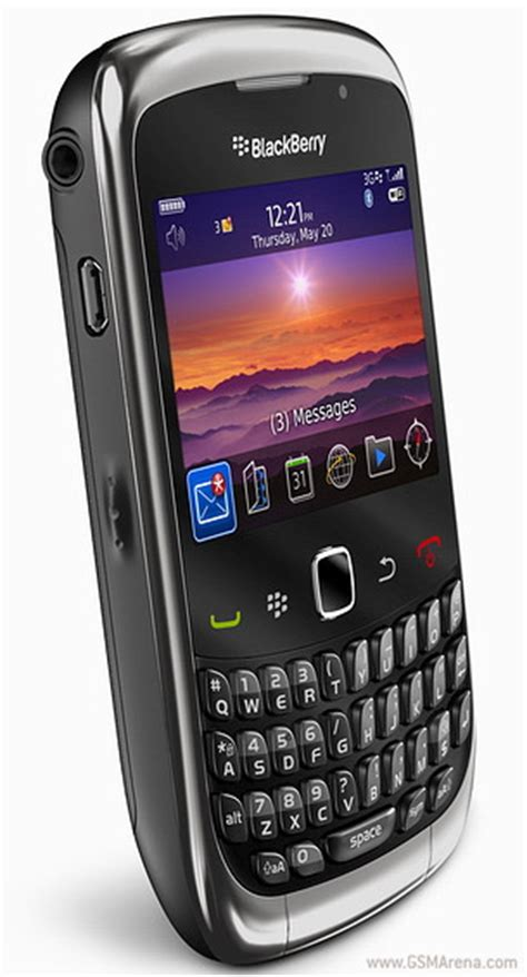 master reset blackberry gemini 8520 blackberry curve 3g 9300 pictures official photos