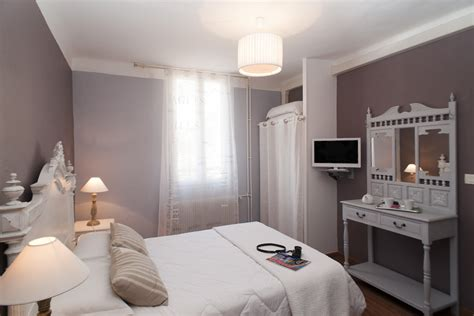 Cote Patio Collioure by Chambres Rooms Hotel 224 Collioure Pyrenees