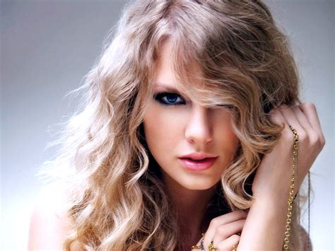 taylor swift hair the teach zone taylor swift long hairstyles with bangs 2012
