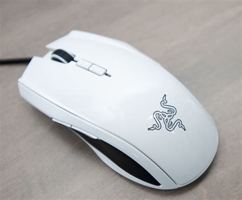 Murah Mouse Razer Taipan Ambidextrous Gaming Mouse razer taipan review an ambidextrous gaming mouse in