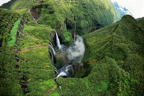 Search Reunite Reunion Island Search Reunion
