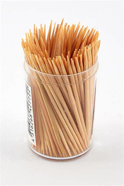 small toothpick toothpick