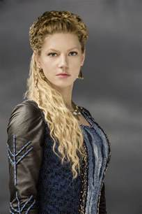 vikings hairstyles customes katheryn winnick lagertha s hairstyle in vikings strayhair