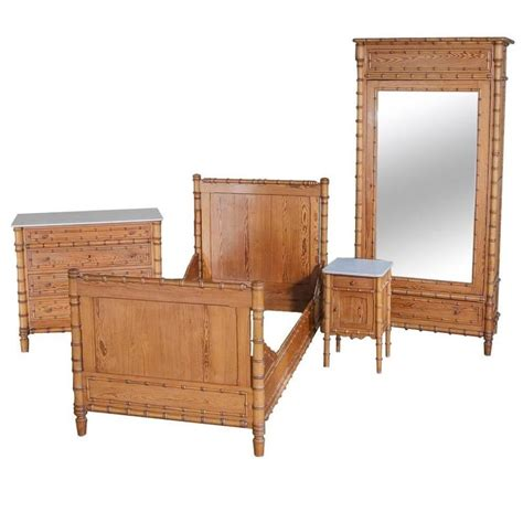 Bamboo Bedroom Furniture 19th Century Faux Bamboo Bedroom Suite At 1stdibs