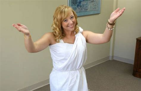 bed sheet toga how to tie a toga photos video to prepare for alabama s