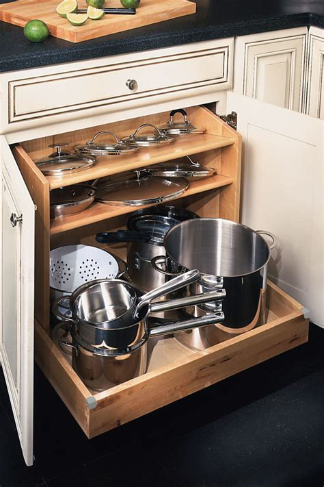 Masterbrand Kitchen Cabinets by Base Pots And Pans Organizer Kemper Cabinetry