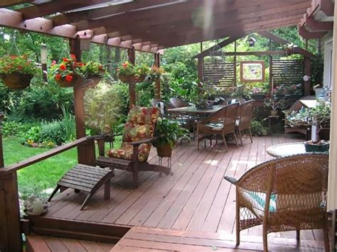 Decorating Decks by Decorate Your Deck For Outdoor Entertaining Goodiy