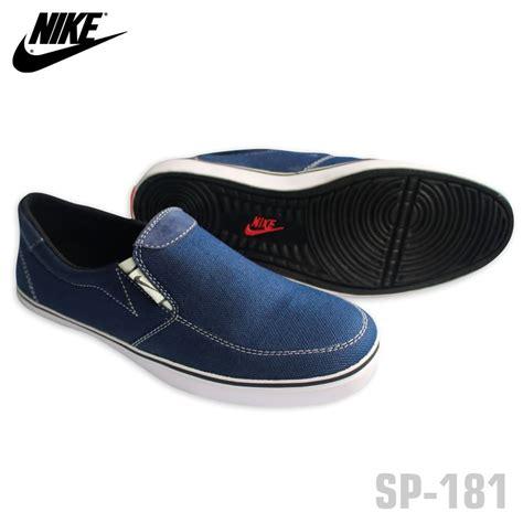 Sepatu Nike Slip jual sepatu nike simple slip on slop pria niva