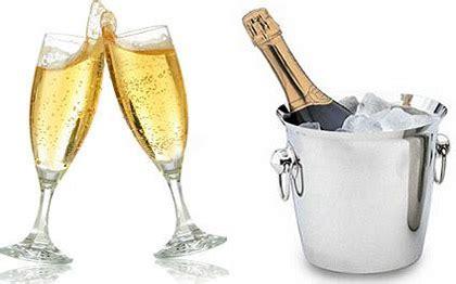 bicchieri di spumante consigli per la scelta dei bicchieri giusti per chagne