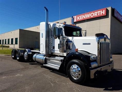 2011 kenworth w900 for sale 2011 kenworth w900 for sale 35 used trucks from 56 000