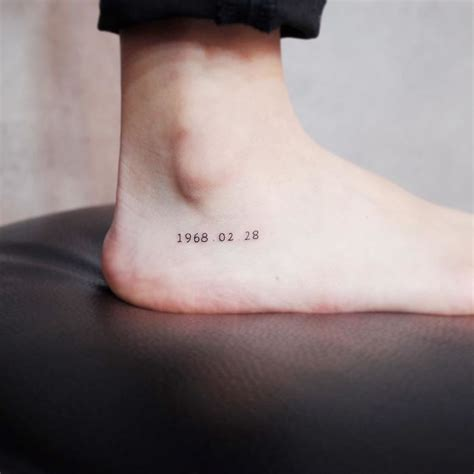 small discreet tattoos 10 tiny discreet tattoos for who minimalism
