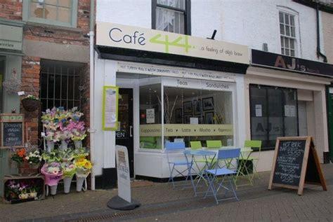 lincoln centre cafe 10 restaurants near premier inn lincoln city centre hotel