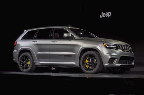 trackhawk jeep black jeep grand cherokee trackhawk video preview autozaurus