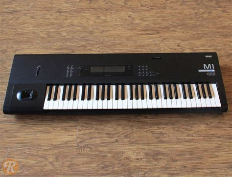 synth music korg m1 61 key synth music workstation reverb