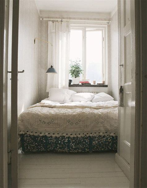 33 smart small bedroom design ideas digsdigs 33 smart small bedroom design ideas digsdigs