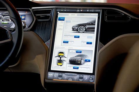 Tesla Touchscreen Tesla Model S Adrenalina Nel Silenzio Assoluto Motorage