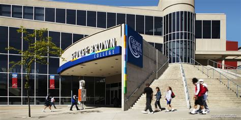 George Brown College Mba Fees by George Brown College Casa Loma Cus Collegetimes