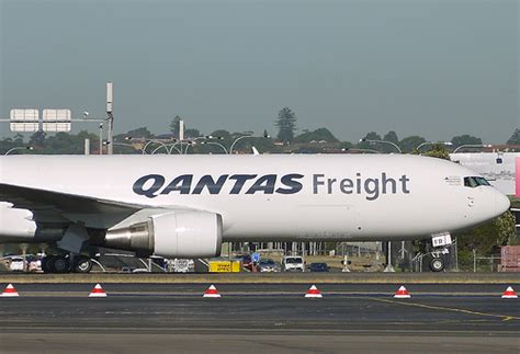 1000 images about cargo airlines qantas freight on trucks aviation magazine and