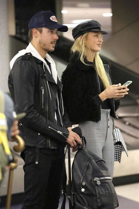 Mk Linier Estonia romee strijd spotted at lax airport in la by lianxio