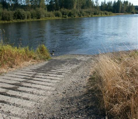 boat launch mission bank fishing the cowlitz river