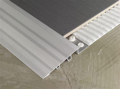 pavimenti in alluminio profilo per pavimento in alluminio novonivel 174 forte emac