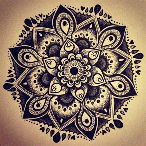 henna tattoo vorlagen ausdrucken 40 mandala vorlagen mandala zum ausdrucken und ausmalen