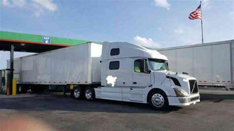 volvo vnl 780 price volvo vnl 780 2006 sleeper semi trucks