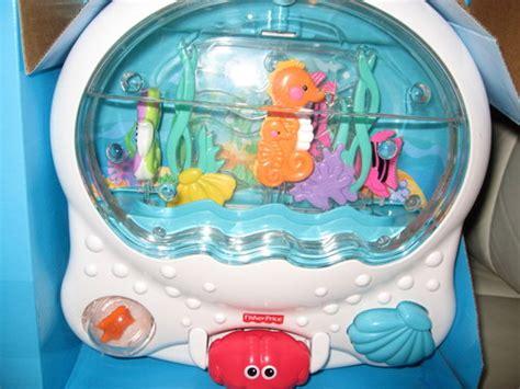 Wonders Musical Aquarium Crib Attachment by Wonders Musical Aquarium Crib Attachment
