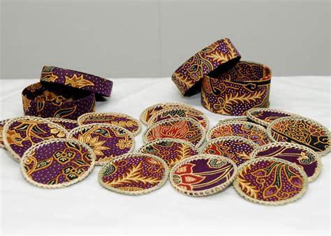 Souvenir Dompet Batik Set 3 batik souvenirs