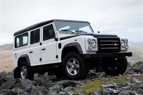land rover skyfall land rover defender to star in upcoming bond skyfall